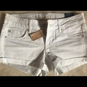 New with tags American Eagle Jean shorts